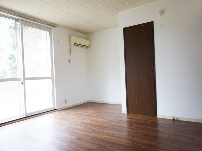 カメリア101号室
