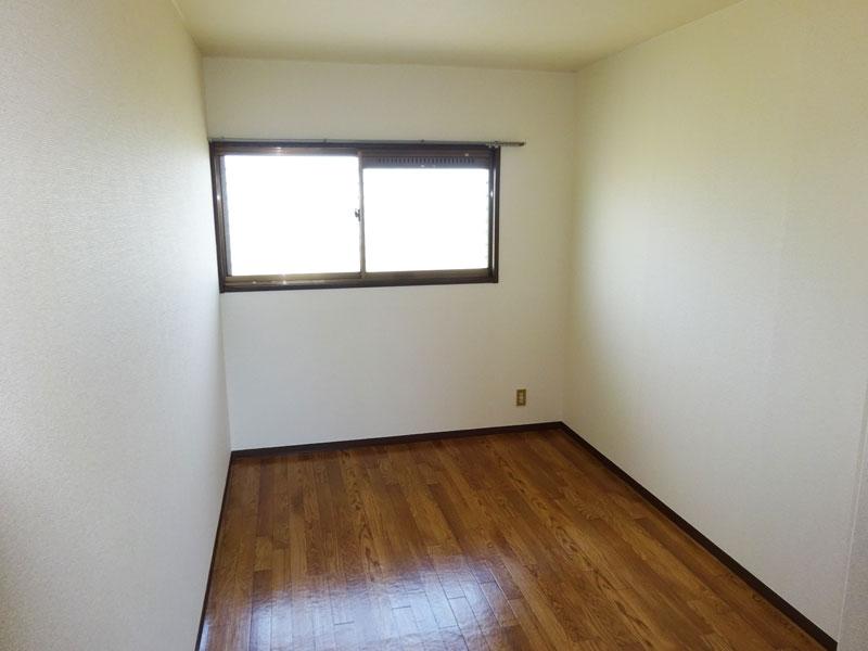 ウエスト立川 202号室